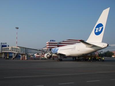 ЮТЭйр приступила к эксплуатации дальнемагистрального Boeing 767-200ER